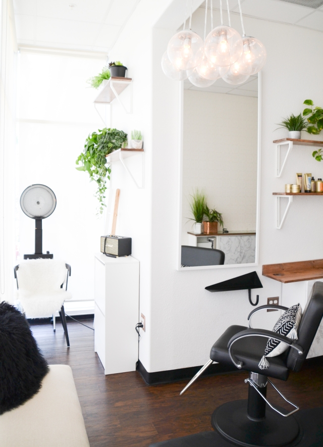Boho, refined hair salon in Southern California. Ash and Mae Hair Loft in Newport Beach is a modern, stylish bohemian hair salon specializing in blonde hair and that effortlessly casual beach waves. Marshall speaker system & ikea shelf hacks